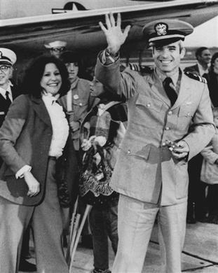 john mccain younger. Why John McCain Got Divorced